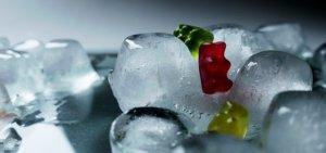 Eiswürfelmaschine-Eiswürfel-min